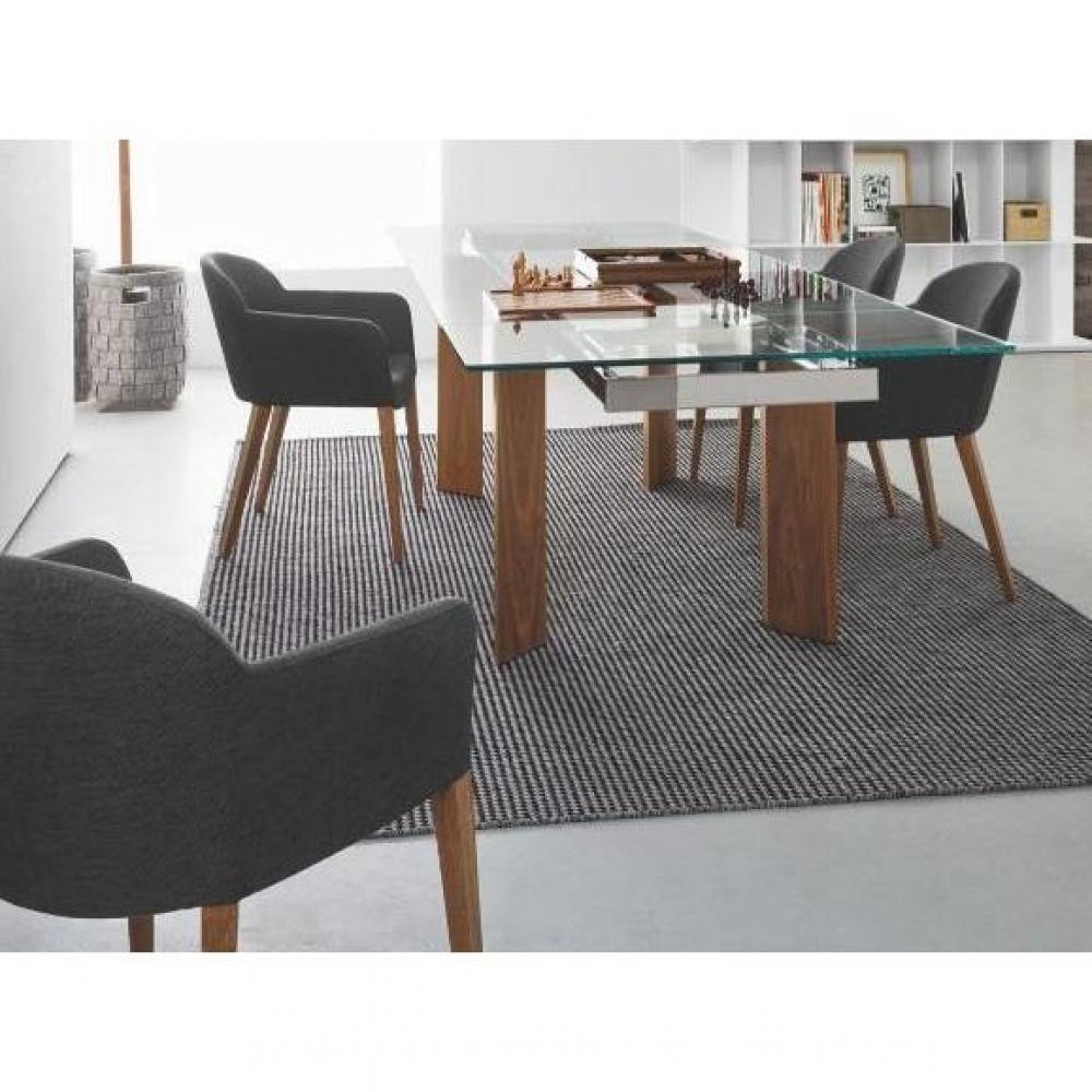 chaises tables et chaises chaise design gossip avec accoudoirs de calligaris pi tement noyer. Black Bedroom Furniture Sets. Home Design Ideas