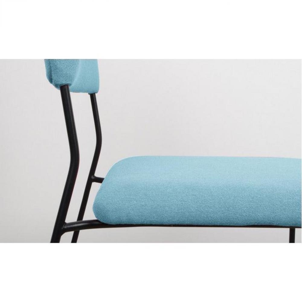 Chaises tables et chaises zuiver chaise feline bleue for Chaise rouge et bleue