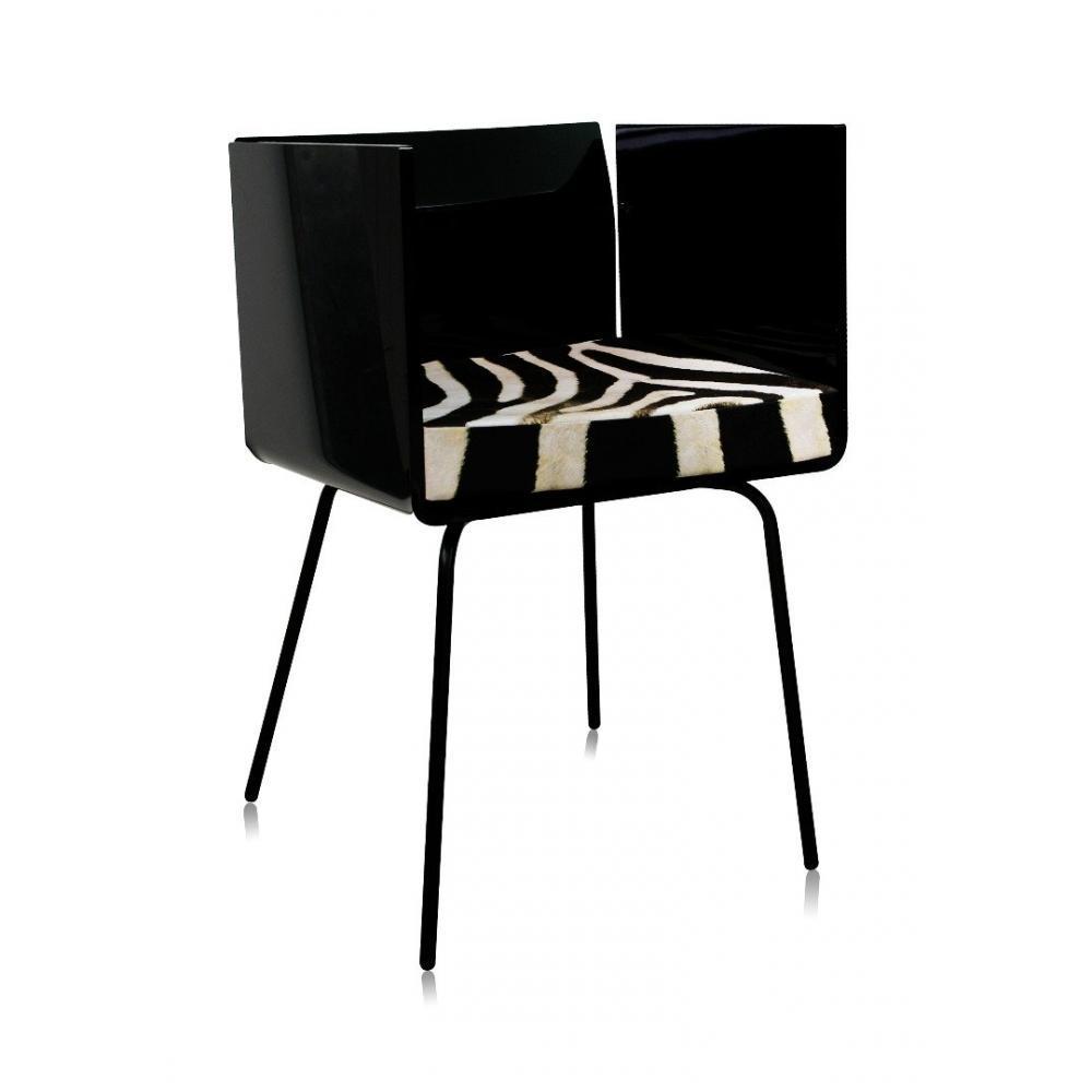 Chaises meubles et rangements fauteuil cali bicolore blanc et noir par acrila - Fauteuil blanc et noir ...