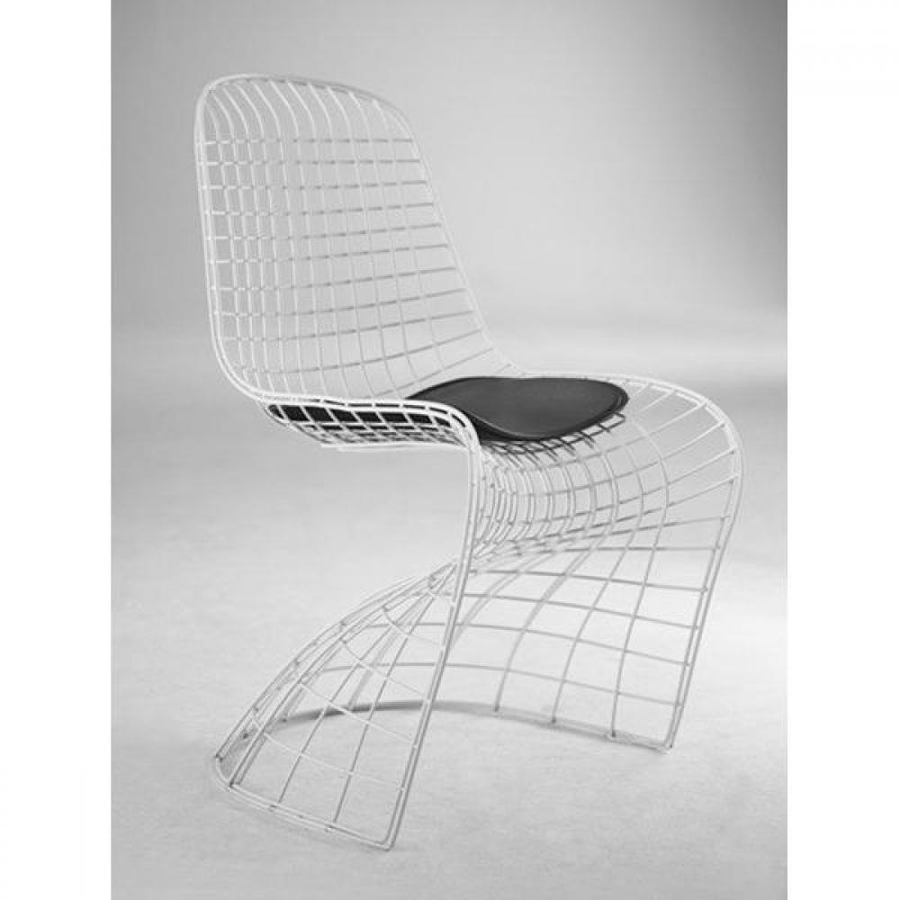 Chaises tables et chaises ghost chaise design m tallique for Chaise grillage design