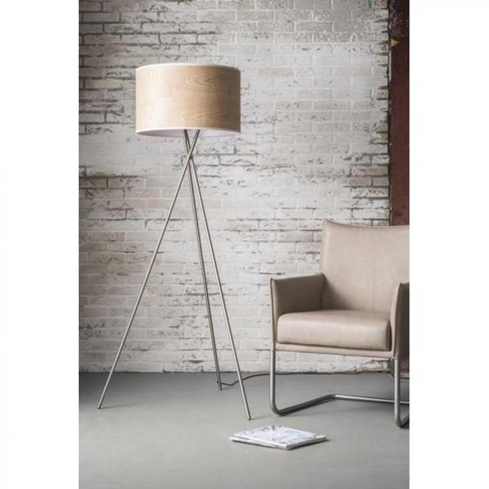 lampadaire tick design acier avec un abat jour cylindrique en ch ne place du mariage. Black Bedroom Furniture Sets. Home Design Ideas