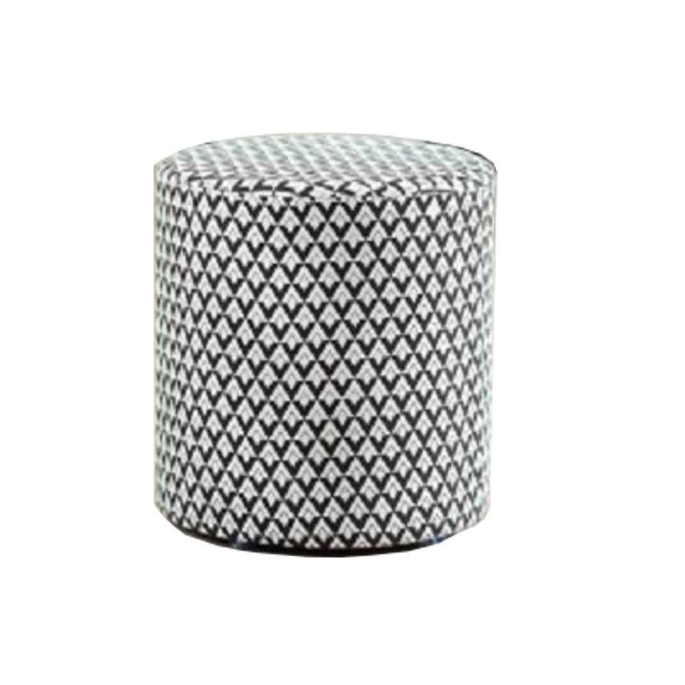 poufs et reposes pieds fauteuils et poufs pouf valentine rond design noir et blanc inside75. Black Bedroom Furniture Sets. Home Design Ideas