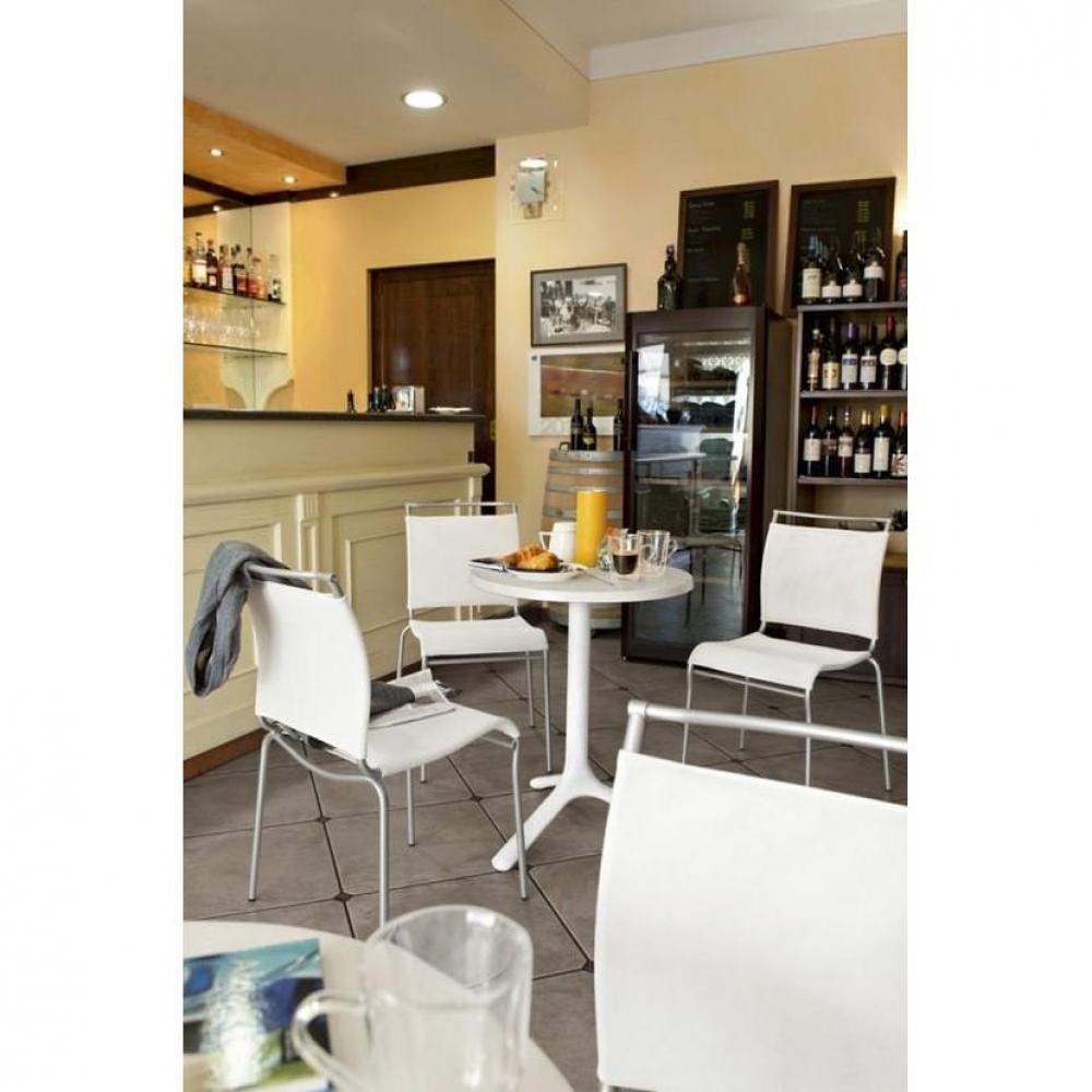 Tables de jardin tables et chaises calligaris petite for Petite table ronde blanche