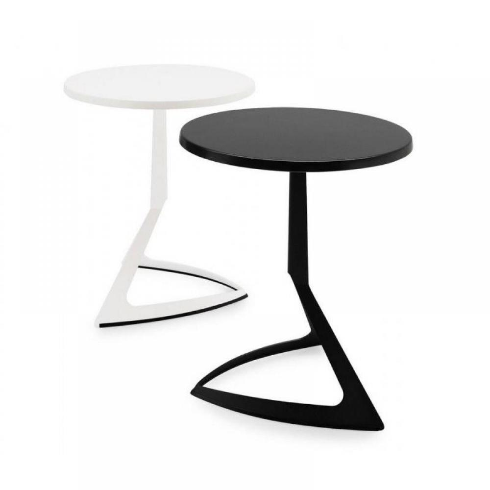 Tables tables et chaises calligaris petite table ronde for Petite table ronde blanche
