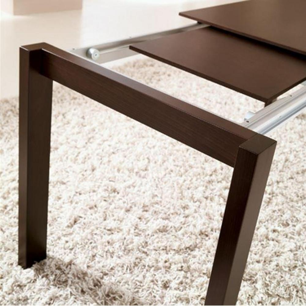 Tables repas tables et chaises table pliante spacebox for Table pliante avec rangement