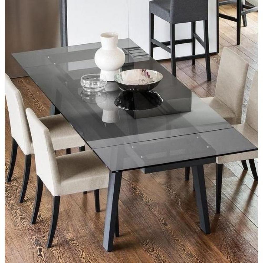 Tables tables et chaises calligaris table repas for Table extensible gris et bois