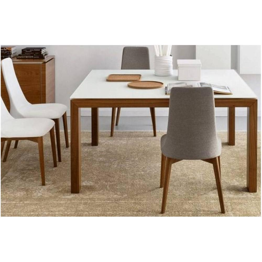Chaises tables et chaises calligaris chaise sandy noyer for Pietement de table en bois