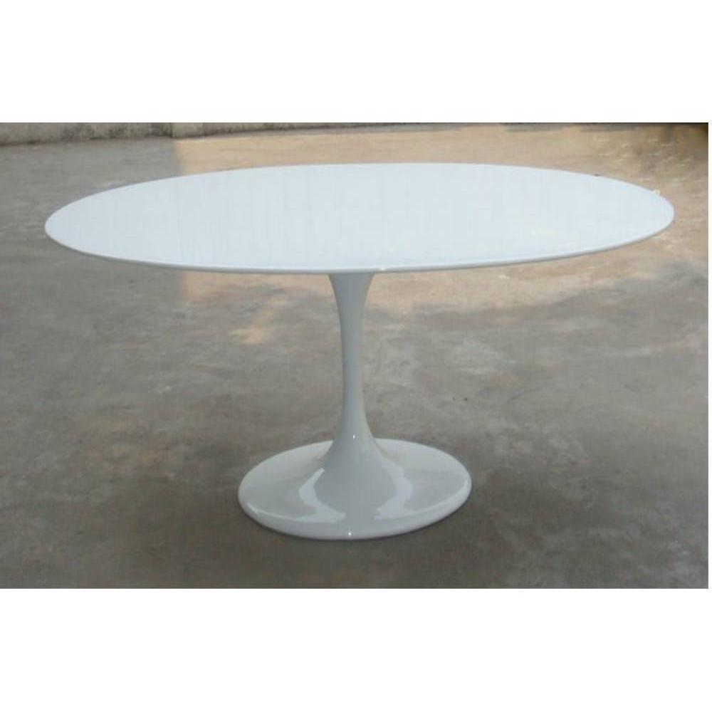 tables tables et chaises table de repas design tulipe ovale laque blanche inside75. Black Bedroom Furniture Sets. Home Design Ideas
