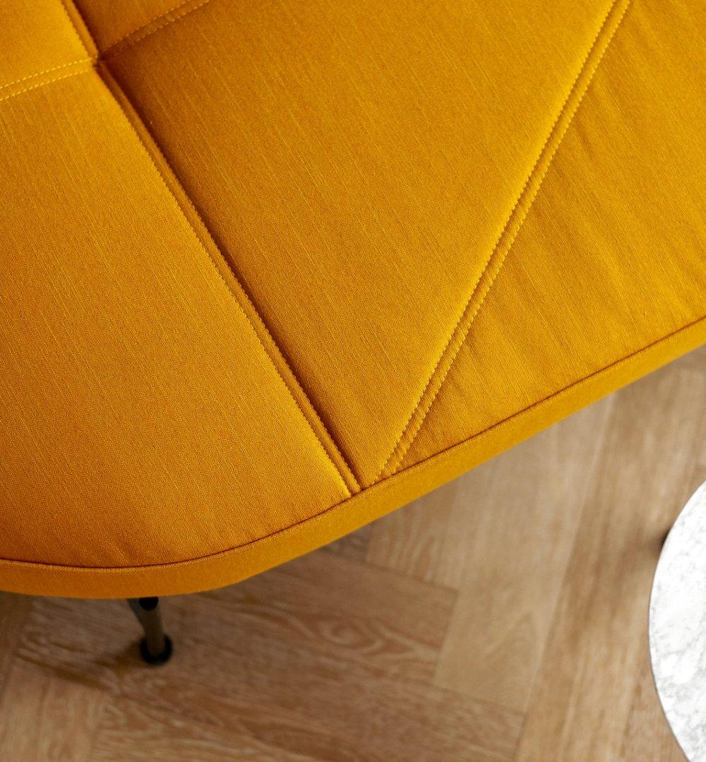 INNOVATION LIVING  Banquette design FILUCA tissu Elegance Burned Curry lit 80*200