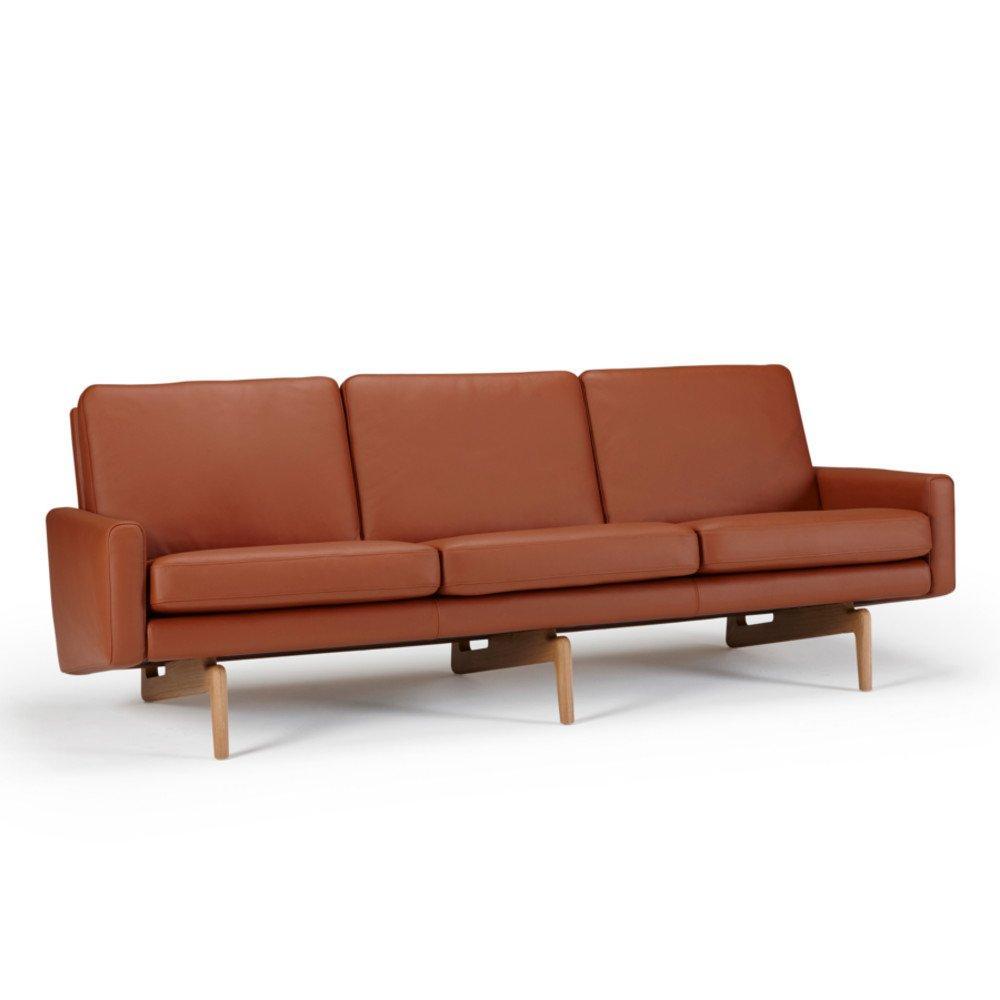 Chaises meubles et rangements canap 3 places design scandinave egsmark pi tement en ch ne - Canape scandinave 3 places ...