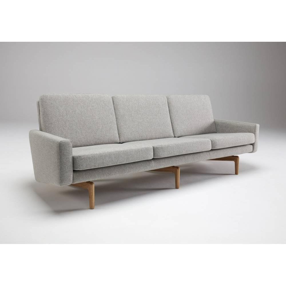 Canapé 3 places design scandinave EGSMARK piétement en chêne