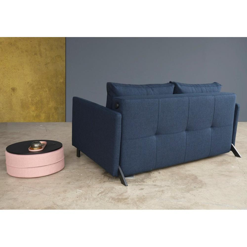 INNOVATION LIVING  Canapé design avec accoudoirs CUBED 02 ARMS convertible lit 200*140 cm tissu Mixed Dance Blue