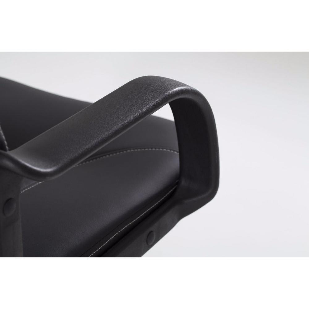 Poltrone da ufficio tavoli e sedie inside75 for Poltrone finta pelle
