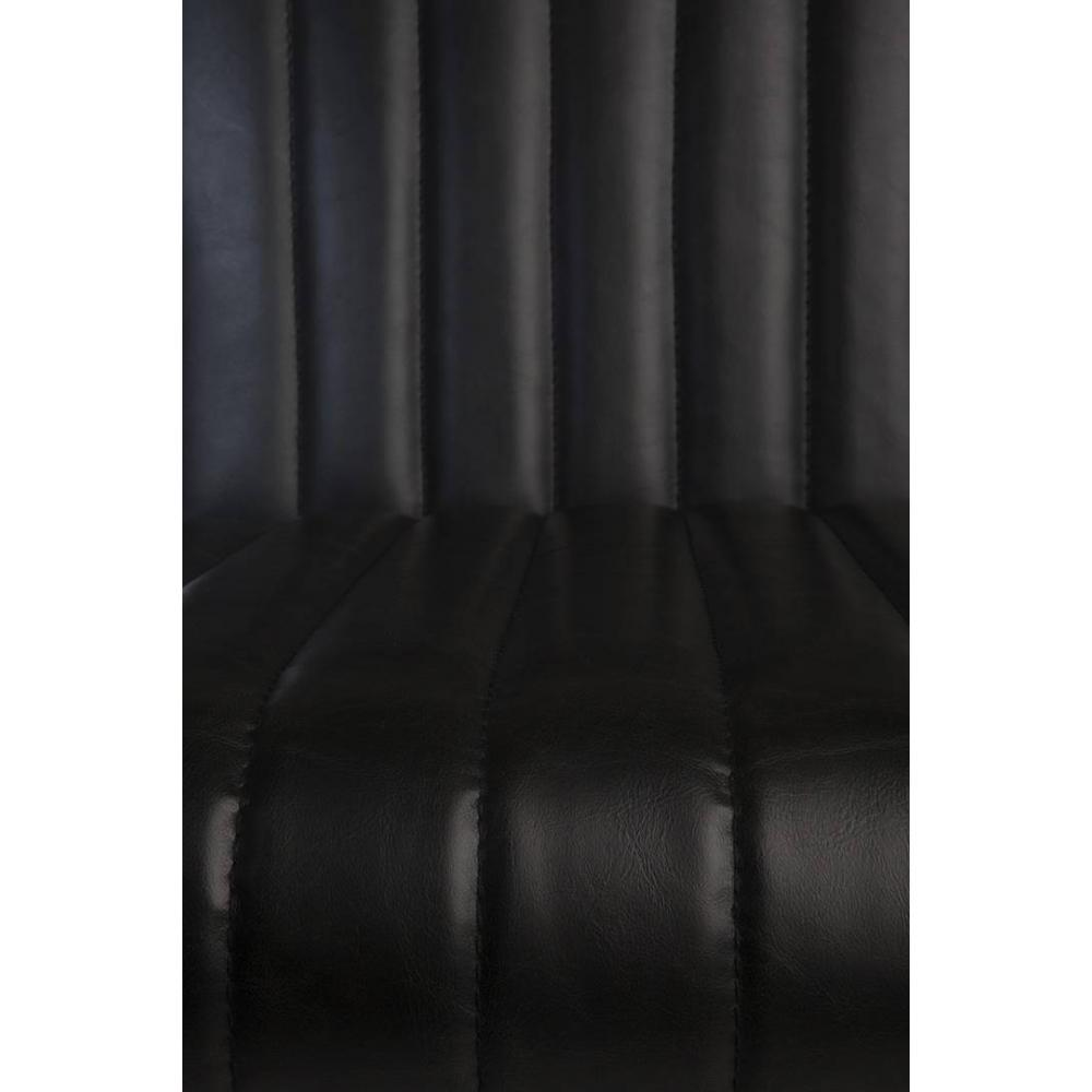 Fauteuil STITCHED de DutchBone en tissu enduit polyuréthane polyuréthane façon cuir noir