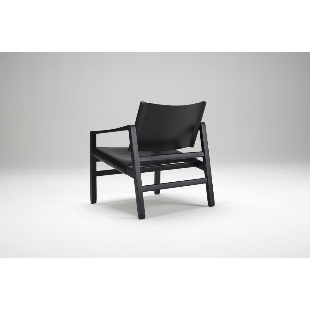 Fauteuil LUK cuir noir structure chêne massif teinté noir