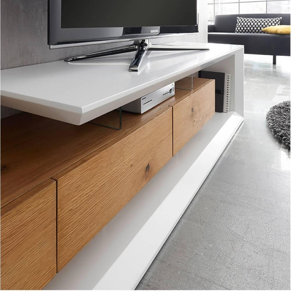 Meubles Tv Meubles Et Rangements Meuble Tv Design Emerainville Finition Laquee Blanc Mat 3 Tiroirs Facade Chene Noueux Inside75