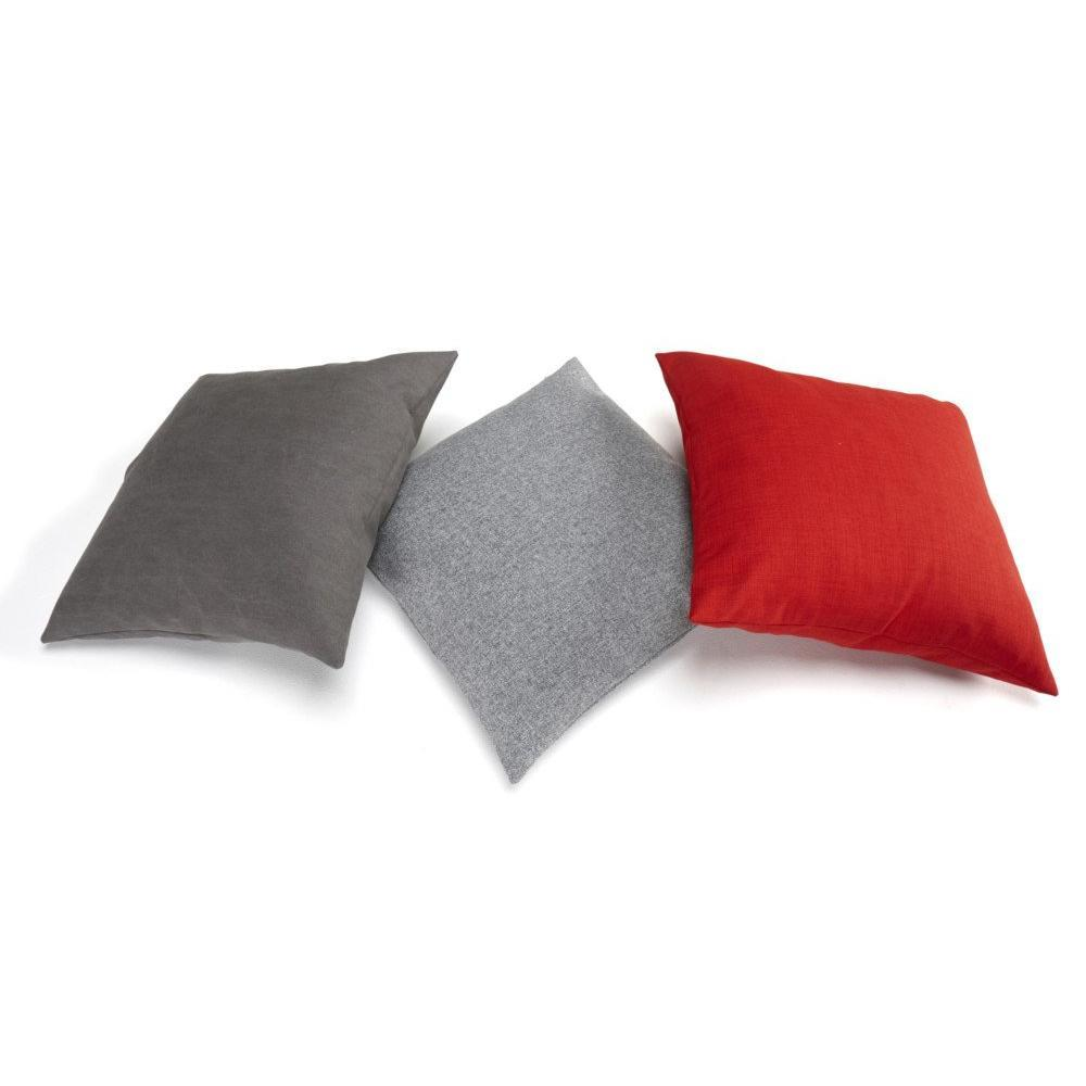 INNOVATION LIVING Coussin design DAPPER coussin  65*65cm