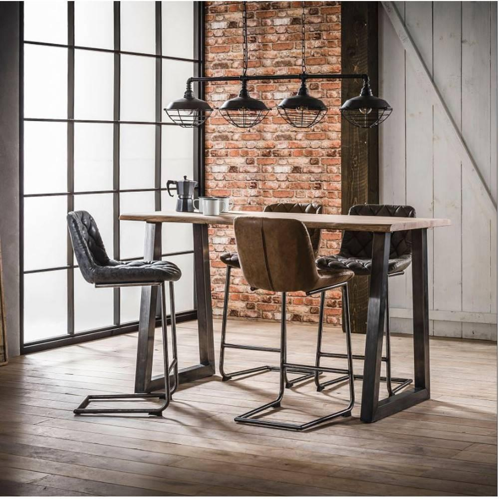 bars tables et chaises table de bar 150 70 cm tronc style industriel en acier et bois d 39 acacia. Black Bedroom Furniture Sets. Home Design Ideas