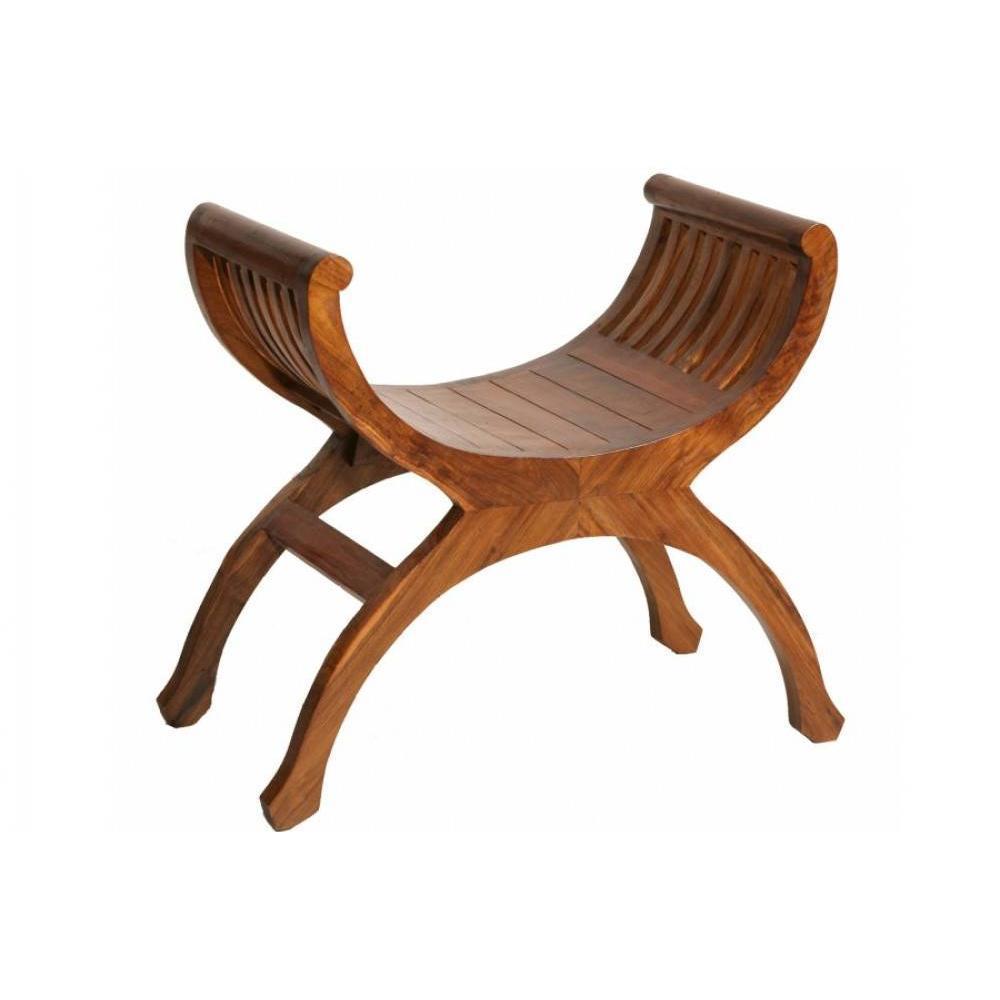 Tabouret yuyu design BUN. Ce petit siège une place est un véritable best Sellers car il réunit toutes les qualités dans sa