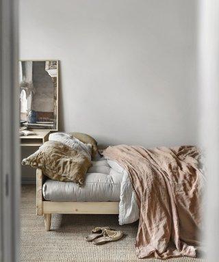Canapé 3 places convertible INDIE style scandinave futon gris granit couchage 130*190 cm.