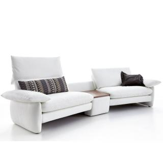 Canapé design haut de gamme COSIMA de KOINOR 266cm avec table intégrée