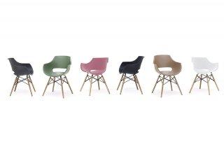 Lot de 4 chaises scandinave REMO coque noire piétement hêtre naturel
